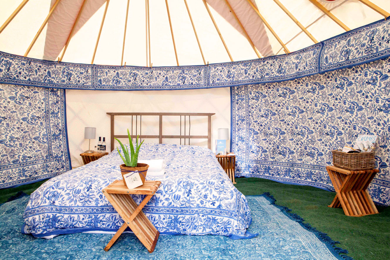 Luxury yurt for two in blue
