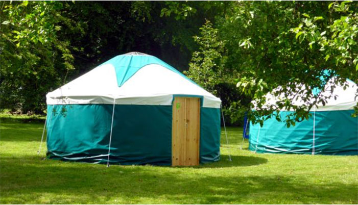 pennard-orchard-green-sided-yurt-glastonbury-glamping